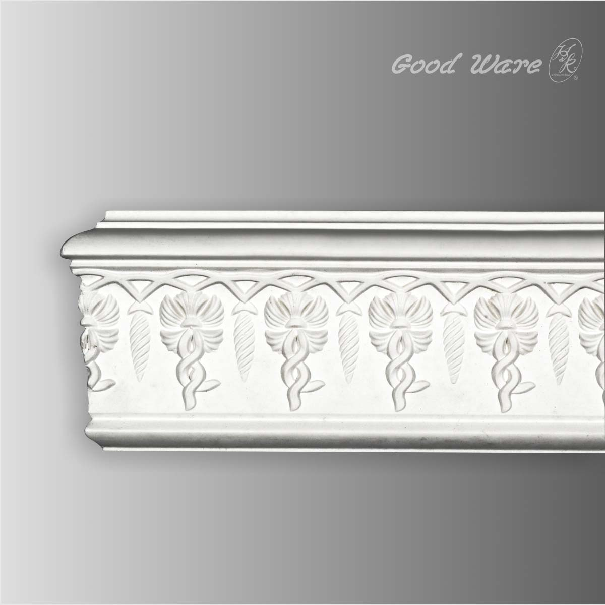 Decorative polyurethane chair rail