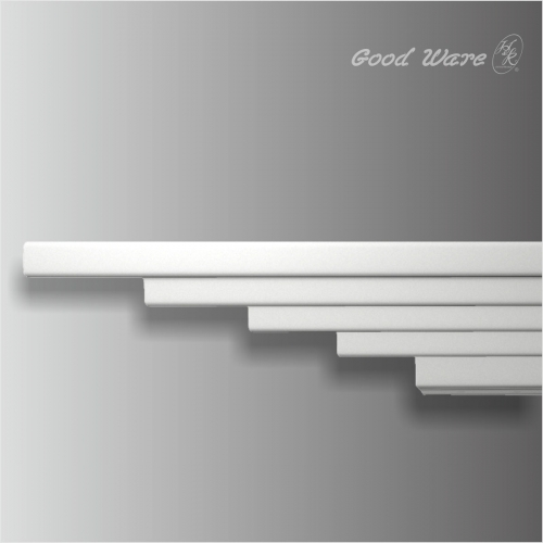 Polyurethane layered 7 inch crown molding