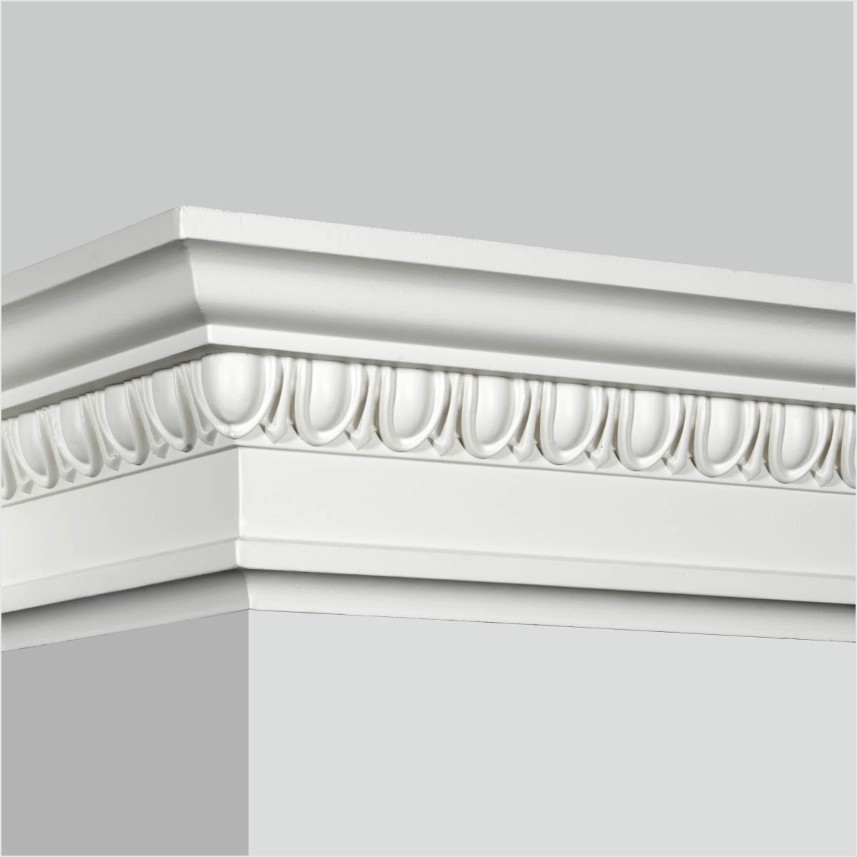 Polyurethane egg and dart crown molding